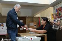 Выборы в Совет старейшин Еревана были политизированными, премьер направил процесс в другое русло – Микаел Манукян