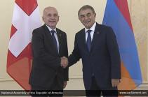Հայաստանը կարող է կամուրջ դառնալ եվրոպական և եվրասիական շուկաների միջև. Արա Բաբլոյան