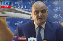 Премьер-министр Никол Пашинян уступает журналисту Николу Пашиняну – Левон Багдасарян