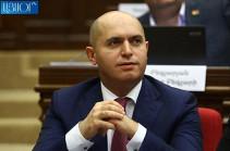 Обезглавливание не является лечением при головной боли – Армен Ашотян обратился к Николу Пашиняну