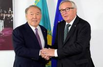 Назарбаев пригласил Юнкера на заседание ВЕЭС в Санкт-Петербурге
