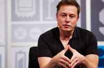 Իլոն Մասկը ներկայացրել է Tesla Model 3 էլեկտրամոբիլի ավելի էժան տարբերակը