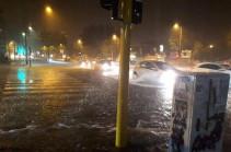 Հռոմում կարկտախառն անձրևի պատճառով մետրոյի մի քանի կայարան ջրով է լցվել