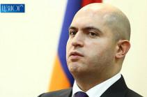 Помните, если на первом месте вашей предвыборной тройки будет рюкзак Никола, на втором – кепка Никола, на третьем – кашель Никола, вы все равно получите 80% голосов – Армен Ашотян