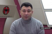 Эдуард Шармазанов: Мы привозили самолетом оружие, а они – елку
