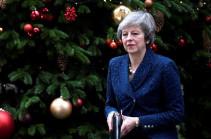 Թերեզա Մեյը կմնա վարչապետի պաշտոնում, սակայն մինչև 2022-ը կհեռանա