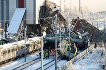 По факту крушения поездов в Турции задержаны три человека