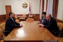 Бако Саакян принял и.о. министра образования и науки Армении Араика Арутюняна