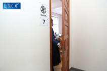 Решение суда о мере пресечения в отношении Роберта Кочаряна будет оглашено сегодня