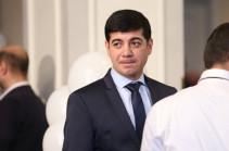 Armenia's PM sacks his consultant