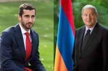 Президент Армен Саркисян провел телефонный разговор с Генрихом Мхитаряном