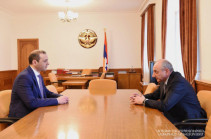 Бако Саакян принял секретаря Совета безопасности Армении Армена Григоряна