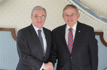 Armenia's FM, Senator Menendez discuss Armenian-American partnership development