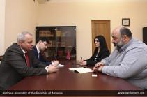 Վարզադատ Կարապետյանն ու ՀՀ-ում ՌԴ դեսպանը քննարկել են տեղական ինքնակառավարման և տարածքային կառավարման մարմինների միջև համագործակցության հնարավորությունները