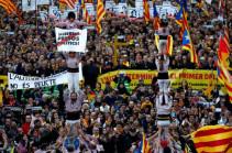 Число пострадавших во время акций сторонников независимости Каталонии достигло 53