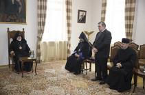 Կաթողիկոսն ընդունել է Հարավային Ռուսաստանի հայոց թեմի առաջնորդին և ներկայացուցիչներին