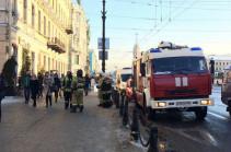 Пять школ эвакуировали из-за угрозы взрыва в Петербурге