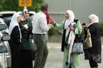 Մեծ Բրիտանիայում անհայտ անձինք մզկիթներ են վնասել