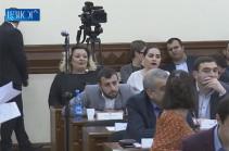 «Եկեք Ադրբեջան անվանենք Երևան մայրաքաղաքը». Թեժ բանավեճ՝ քաղաքապետարանում (Տեսանյութ)