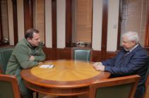 Անջեյ Կասպրչիկը Դավիթ Տոնոյանին իրազեկել է բանակցային գործընթացի առաջիկա օրակարգային խնդիրների վերաբերյալ