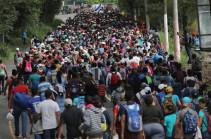 Караван в составе 1,5 тыс. мигрантов отправился с юга Мексики к границе с США