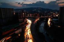 Venezuela crisis: Fresh power cuts black out Caracas