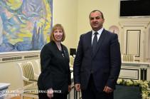 Արթուր Դավթյանն ընդունել է ՀՀ-ում ԱՄՆ դեսպան Լին Թրեյսիին