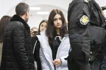 Суд продлил меру пресечения сестрам Хачатурян
