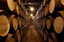 Пожар в Бордо уничтожил два миллиона бутылок вина