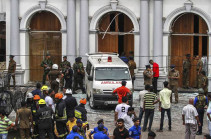Власти Шри-Ланки объявили 23 апреля днем траура по погибшим при взрывах в Коломбо
