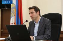 Երևանում աղբահանության ներկա վիճակը հնարավորինս շտկելու նպատակով տեղերում ինքնաթափ մեքենաներ են վարձվել. Հայկ Մարության