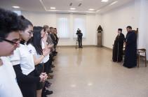 Մարսելի համազգային դպրոցի և Փարիզի դպրոցասեր միության վարժարանի աշակերտներն այցելել են Մայր Աթոռ Սուրբ Էջմիածին