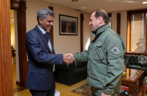 Պաշտպանության նախարարն ընդունել է Հայաստանում Հնդկաստանի դեսպանին