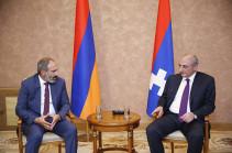Armenia's PM, Artsakh President discuss wide range of issues
