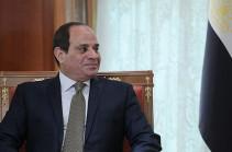 Президент Египта амнистировал 560 заключенных