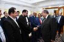 Մեր ուժը միասնական լինելու մեջ է. նախագահ Արմեն Սարգսյանը Նուր-Սուլթանում հանդիպել է հայ համայնքի հետ
