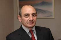 Бако Саакян приехал в парламент Армении