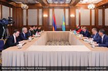 Արարատ Միրզոյանը հանդիպել է Ղազախստանի խորհրդարանի նախագահ Նուրլան Նիգմատուլինի հետ