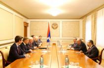 ԵԱՀԿ Մինսկի խմբի համանախագահները հանդիպել են Արցախի ռազմաքաղաքական ղեկավարության հետ