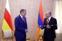 Artsakh President meets with President of the Republic of South Ossetia-State of Alania