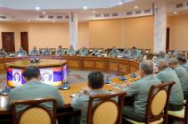 Состоялось совещание с руководством ВС и Генштаба ВС Армении