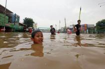 Ինդոնեզիայում մոտ 6 հազար մարդիկ լքել են իրենց տները մոլեգնող ջրհեղեղի պատճառով