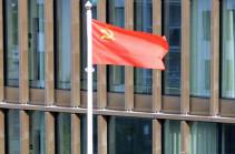 В шведской коммуне над зданием администрации подняли флаг СССР