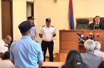 Քոչարյանի պաշտպանն ինքնաբացարկի հերթական միջնորդությունը ներկայացրեց դատավորին. գլխավոր դատախազն առարկեց