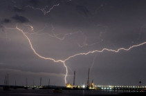 Eastbourne sees 1,000 lightning strikes in one hour (photos)