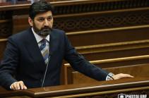 Ваге Григорян принес присягу в парламенте