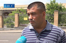 Զինվորական թոշակառուն 7-րդ օրն անընդմեջ ՊՆ-ի դիմաց հացադուլ է անում. պատճառը բնակարանի չլուծված խնդիրն է (Տեսանյութ)