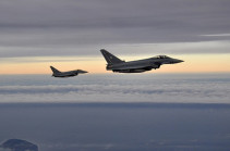 Два истребителя ВС Германии столкнулись в небе