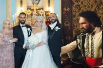 Հովհաննես Բաբախանյանն՝ ԱՄՆ-ում դստեր ամուսնության, Էրիկ Ռոբերթսի հետ համագործակցության ու Սայաթ-Նովայի կերպարով ներկայանալու մասին (Լուսանկարներ)