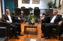 Մխիթար Հայրապետյանը հանդիպել է Կիպրոսի նախագահի արտերկրյա և հումանիտար հարցերով հանձնակատարի հետ
